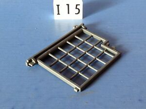 I15-playmobil-porte-grillagee-charnieres-4135