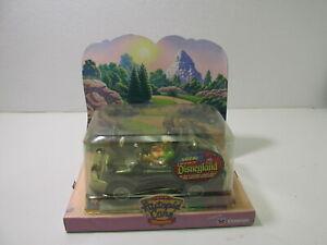 Chevron-Disneyland-The-Autopia-Cars-Dusty-Green-Collectible-Car-dc2809