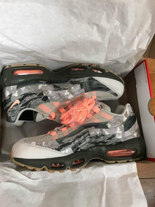 NIKE AIR MAX 95 ESSENTIAL from japan (2753