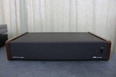 A&r Cambridge Sa200 Dual Mono Design / High End British Audiophile Om Een Gevoel Op Gemak En Energiek Te Maken
