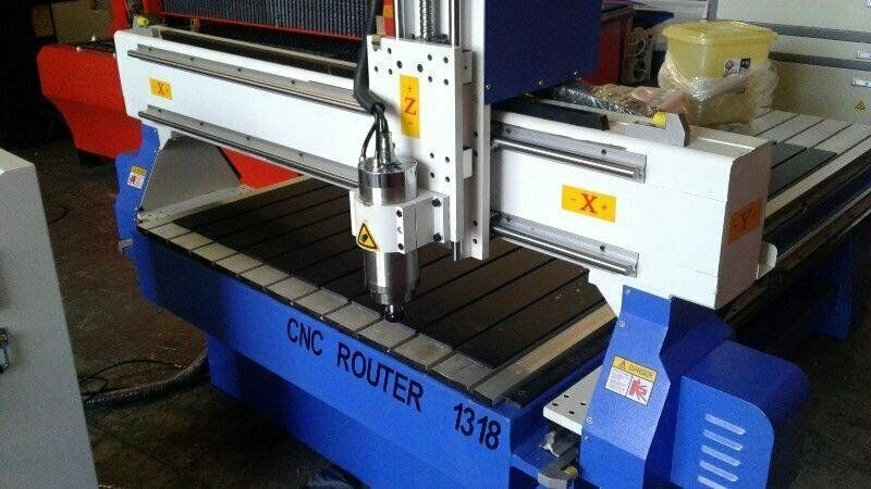 CNC Router 1318 - Startup business investment - Excellent - New - Warranty