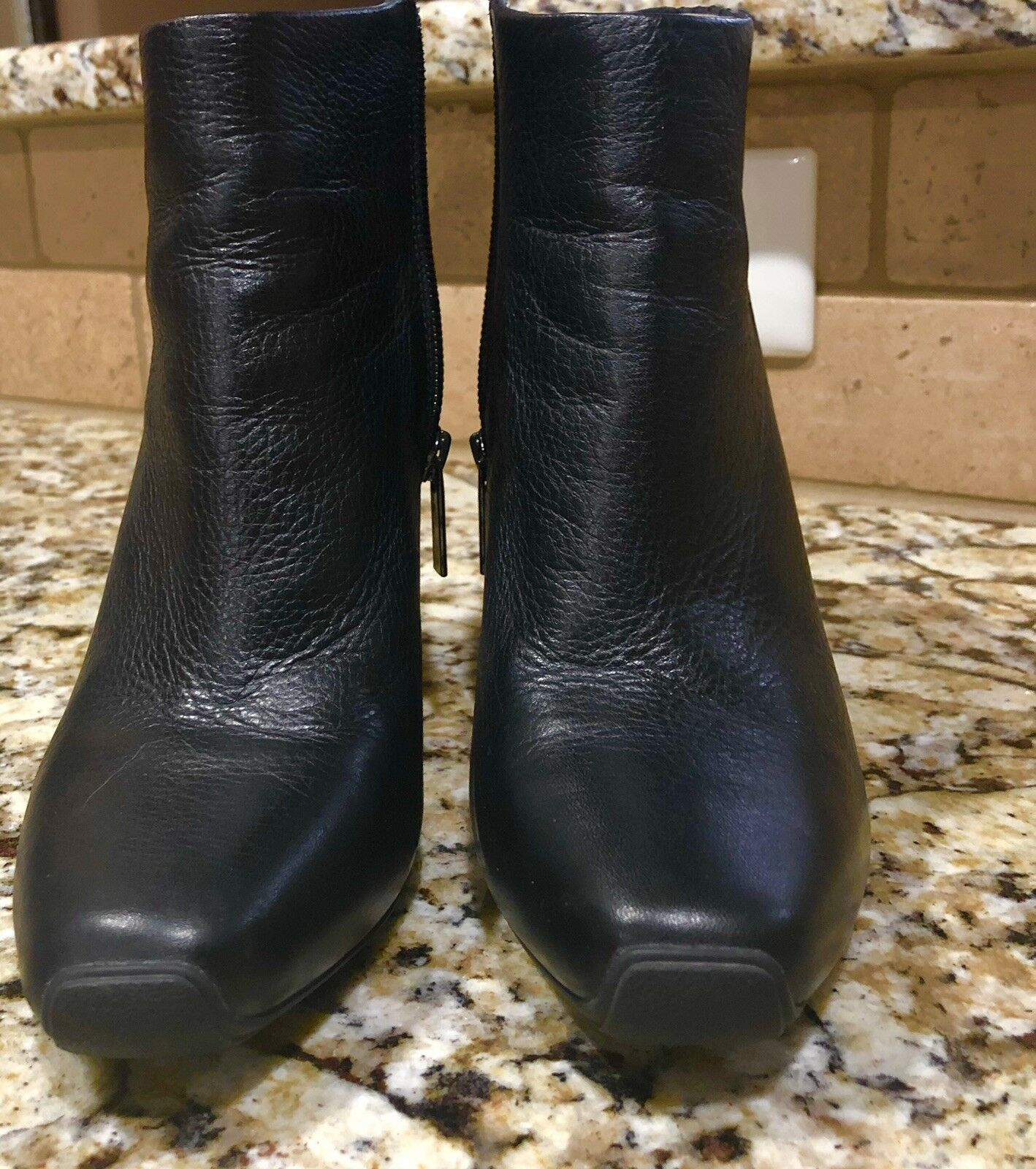 Kenneth Cole New York Women's Soft Leather Ankle Bootie Boots 6.5