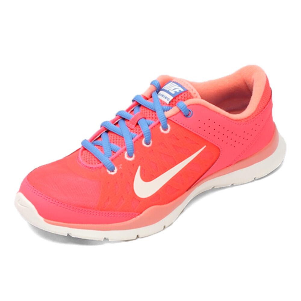 nike - trainer drei frauen ist rot turnschuhe. / rosa und blaue turnschuhe. rot 986e57