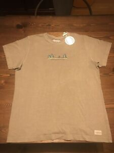 LIFE-IS-GOOD-Kids-XL-There-s-No-Place-Like-Roam-New-NWT