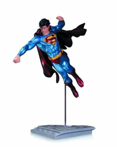 UK Seller Superman Man of Steel Statue by Shane Davis DC Collectibles