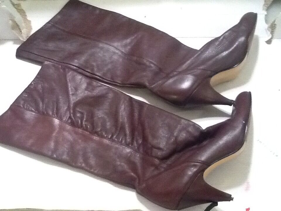 Vintage  Burgundy  Leather Riding Boots