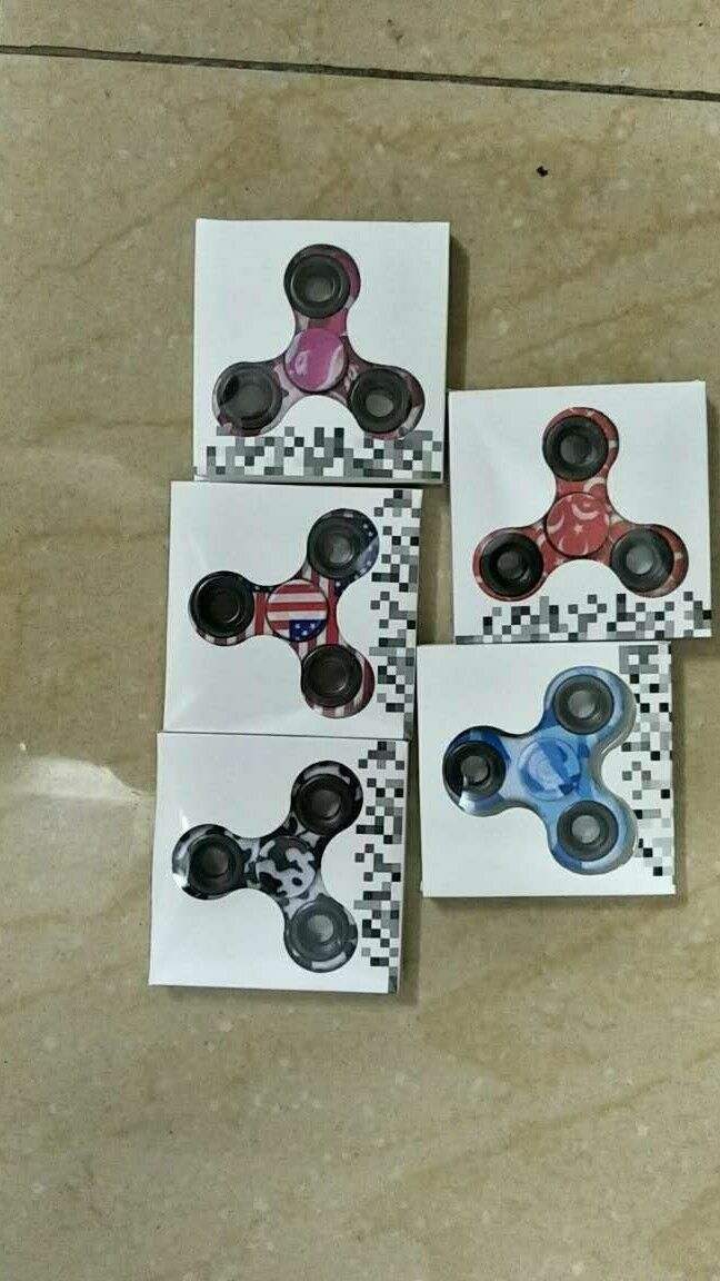 Wholesale Lot 1000 1000 1000 designer Fidget Hand Spinner Finger Game Kids Fun Toy 0ea277