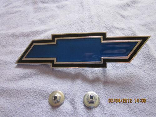 1969 camaro tail panel bowtie emblem