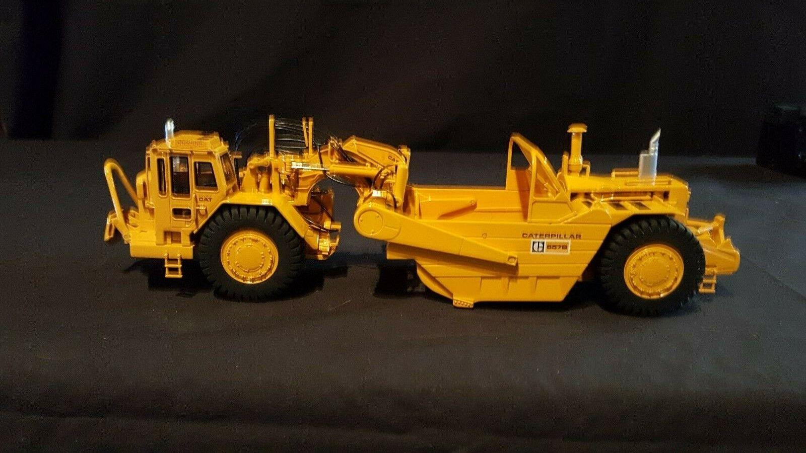 CCM Cat (Caterpillar) 657-B Wheel Tractor Scraper in 1 48
