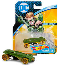 HOT WHEELS DC GREEN ARROW CHARACTER CARS MINT ON CARD