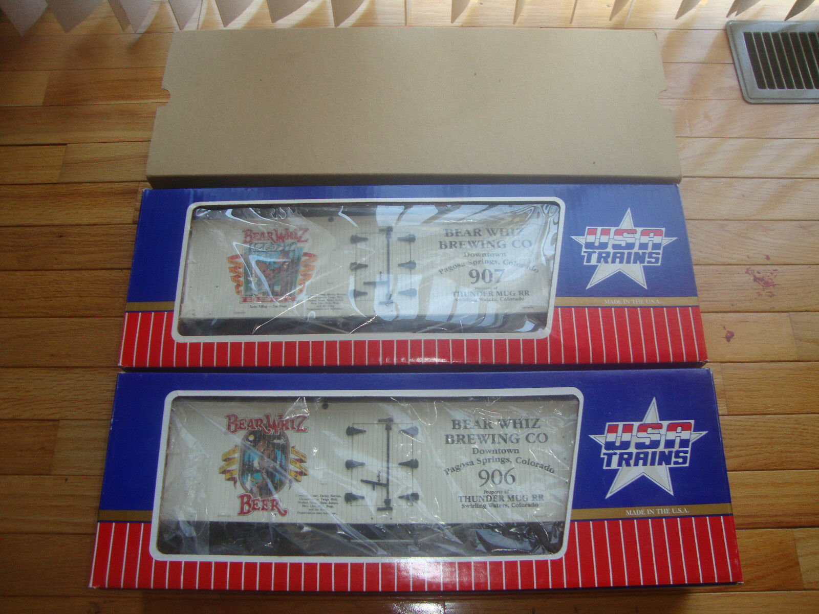 USA Trains Bear Whiz  906 &  907 Box Autos