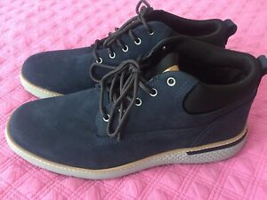chaussure homme 43 timberland