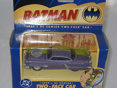 CORGI 1//43 DC Comics Batman 1950 TWO FACE Diecast Car Model Collectible