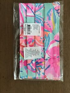 New in Package AUTHENTIC LILLY PULITZER FACE MASK Summer