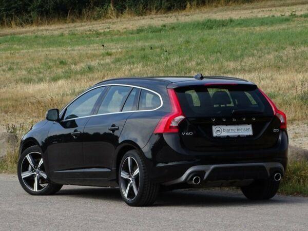 Volvo V60 2,0 D5 225 R-Design aut. - billede 3