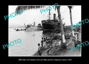 OLD-LARGE-HISTORIC-PHOTO-MILNE-BAY-PNG-SHIP-SUNK-BY-THE-JAPANESE-IN-WWII-c1942
