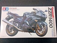 TAMIYA Kawasaki 1/12 ZZR1400 Motorcycle Model Kit - 14111
