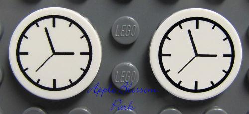 NEW Lego Lot//2 Minifig KITCHEN CLOCKS Friends White Round 2x2 Train Clock Tile