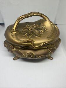 Art Nouveau Gilt métal Bijoux Cercueil avec doublure par Rogers