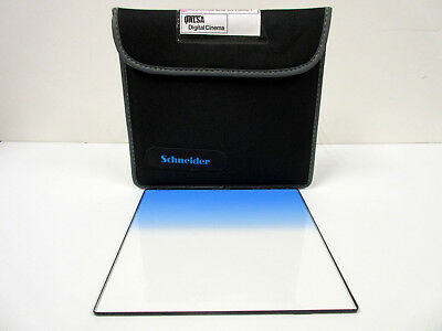 Schneider 6.6x6.6 Graduated Sapphire Blue 2 Glass Filter Soft Edge Grad