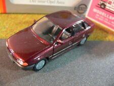 1/43 Gama Opel Astra Stufenheck Limousine dunkelrotmetallic 81002