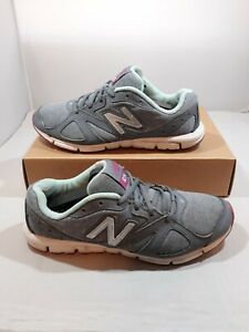 Running Shoes Gray Size 8B Sneakers Low