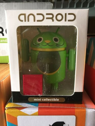 Android Lucky Cat Series Green Open Eyes Shane Jessop Kidrobot Andrew Bell