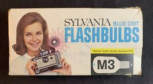 Vintage Sylvania Blue Dot M3 Clear Flashbulbs 8-Count