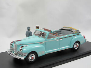 1950-sia-110-B-Cabriolet-con-Stalin-Khrushchev-figuras-resine-1-43-Limited