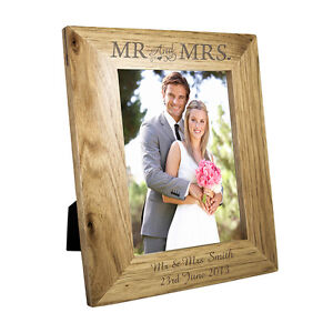 Personalised-Oak-Finish-5x7-Mr-amp-Mrs-Wooden-Photo-Frame-Any-Message-Wedding
