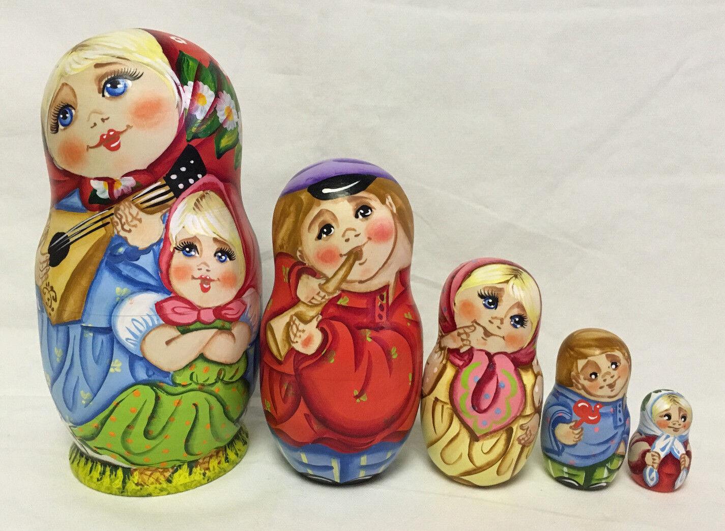 Russian Matryoshka Russian Wooden Nesting Dolls - 5 pieces  11