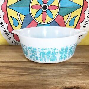 Pyrex Aqua Butterprint Amish 472 Casserole Round White Glass Baking Dish Vtg