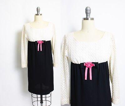 1960s Lace Mini Dress Vintage Medium Trumpet Sleeves Ivory Empire Waist  Mod Baby Doll Dress Reception Dress Cocktail Party