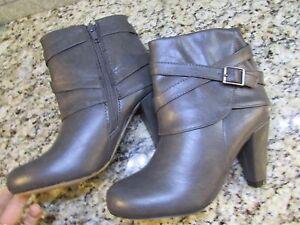 NEW STEVE MADDEN MADDEN GIRL PLAAZA Stiefel Damenschuhe 10 GREY ... ANKLE ... GREY bb57cf