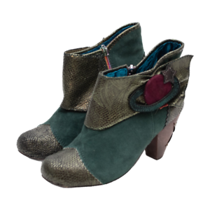 Irregular-Choice-Women-039-s-Alice-In-Wonderland-Inspired-Mirror-Mirror-Ankle-Boots