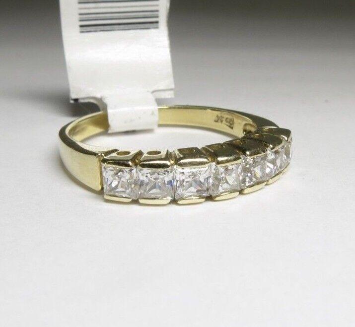 (RI4) 14k Yellow gold Cubic Zirconia Ring - sz 8.25 - 3.4 g - .81 TCW