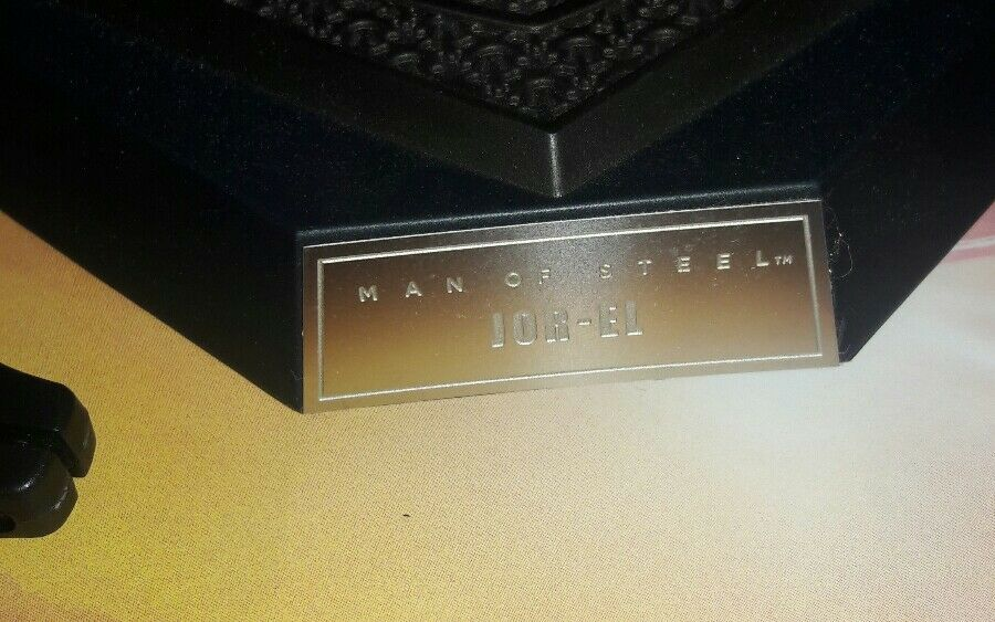 1 6 Hot Toys The Man Man Man Of Steel Jor-EL MMS201 Base Stand Nameplate US Seller b859bd