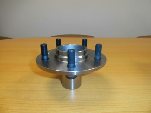 LAND ROVER DISCOVERY 3//4 /& RANGE ROVER SPORT REAR HUB RUC500120