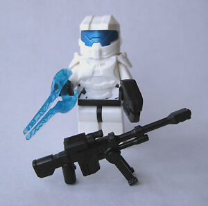Lego custom halo master chief spartan minifigure white - Lego spartan halo ...