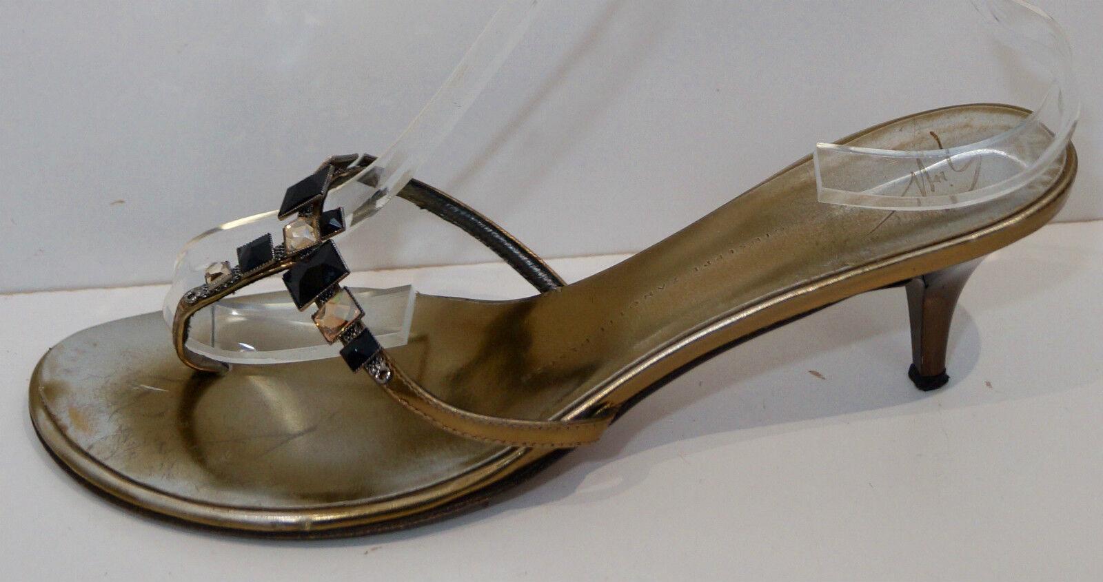 GIUSEPPE ZANOTTI DESIGN DESIGN ZANOTTI Gold Metallic Leather Diamante Thong Sandals 40; UK7 a1afca