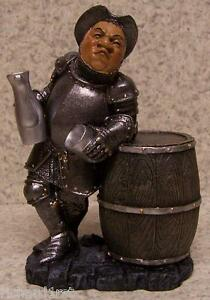 Figurine-Medieval-Castle-Guard-Drinking-PAR-TEE-NEW