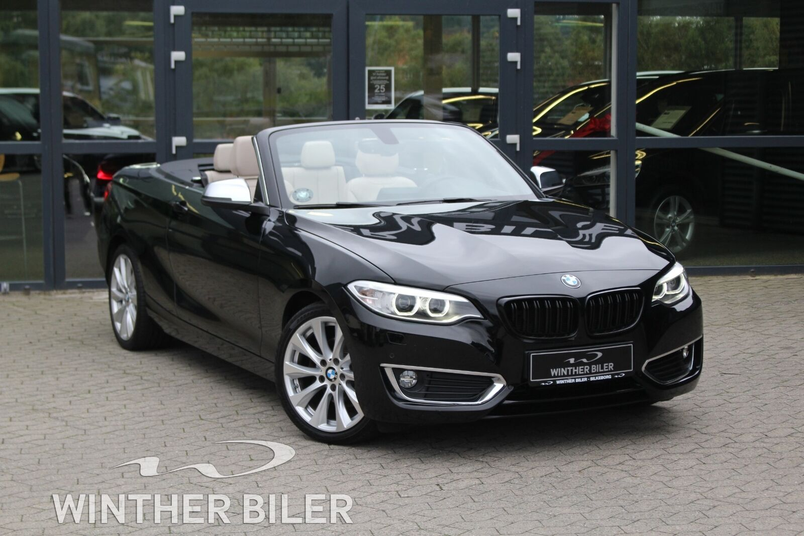 BMW 220d 2,0 Cabriolet aut. 2d