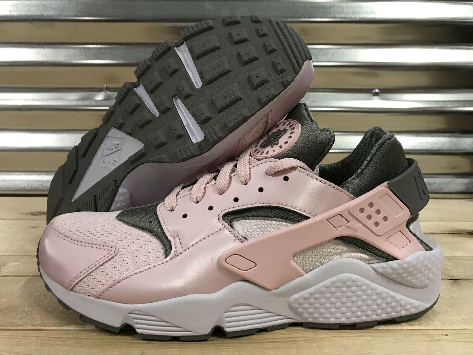 Nike air huarache scarpette rosa polveroso bianco artico sz 11 (698902-006)