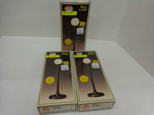3 G Scale Brass Ball Lamp posts,new in box Model power #981
