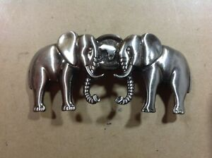 Two-Elephant-holding-Africa-Pewter-Colour-Belt-Buckle
