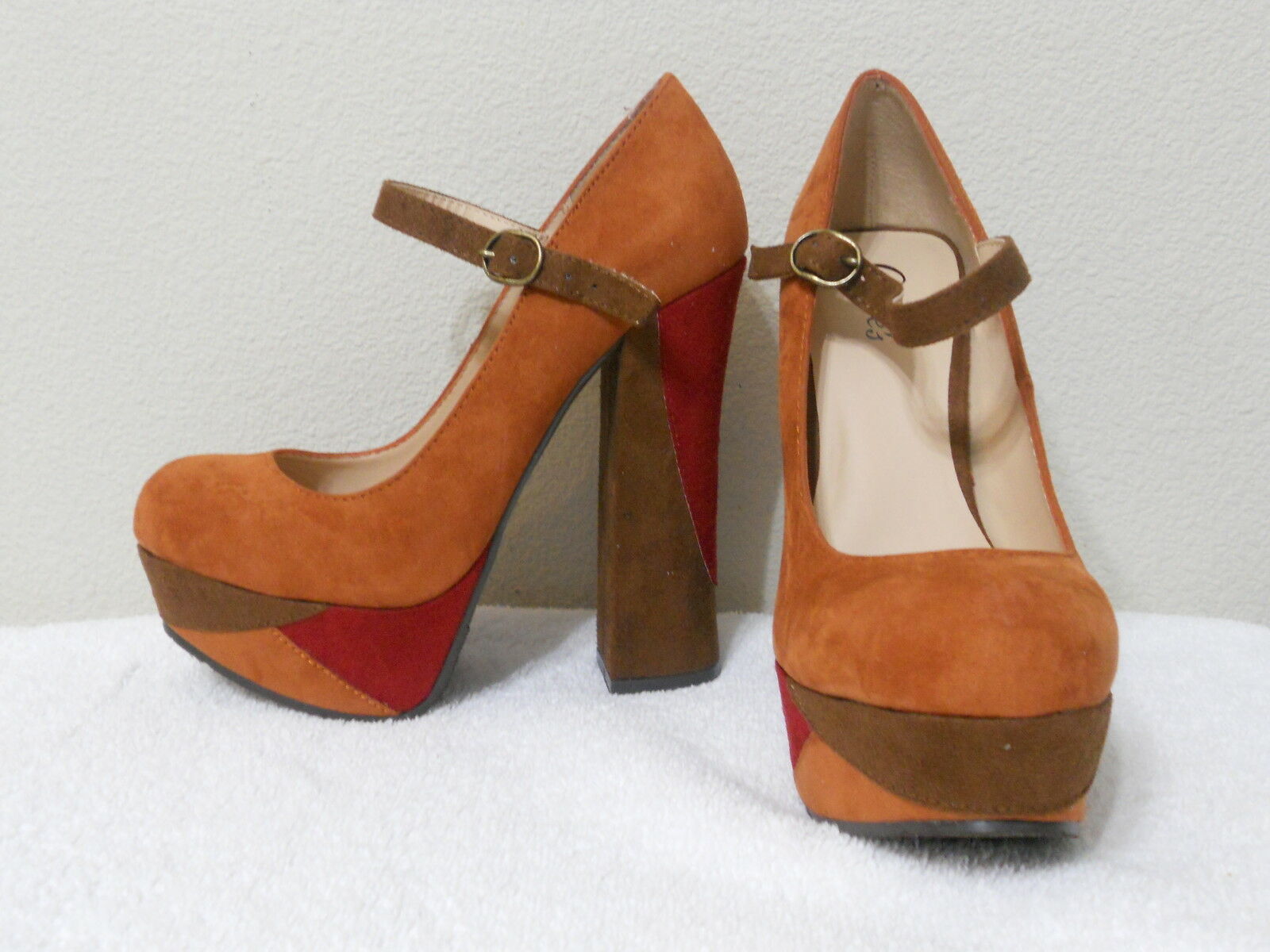 Candie's braun Multi Farbe Platform High Heels Größe 8 New With Box