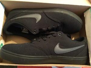 ff0e4d1e04e New Mens Nike SB Check Solar canvas Skateboarding Shoes 843896-002 ...