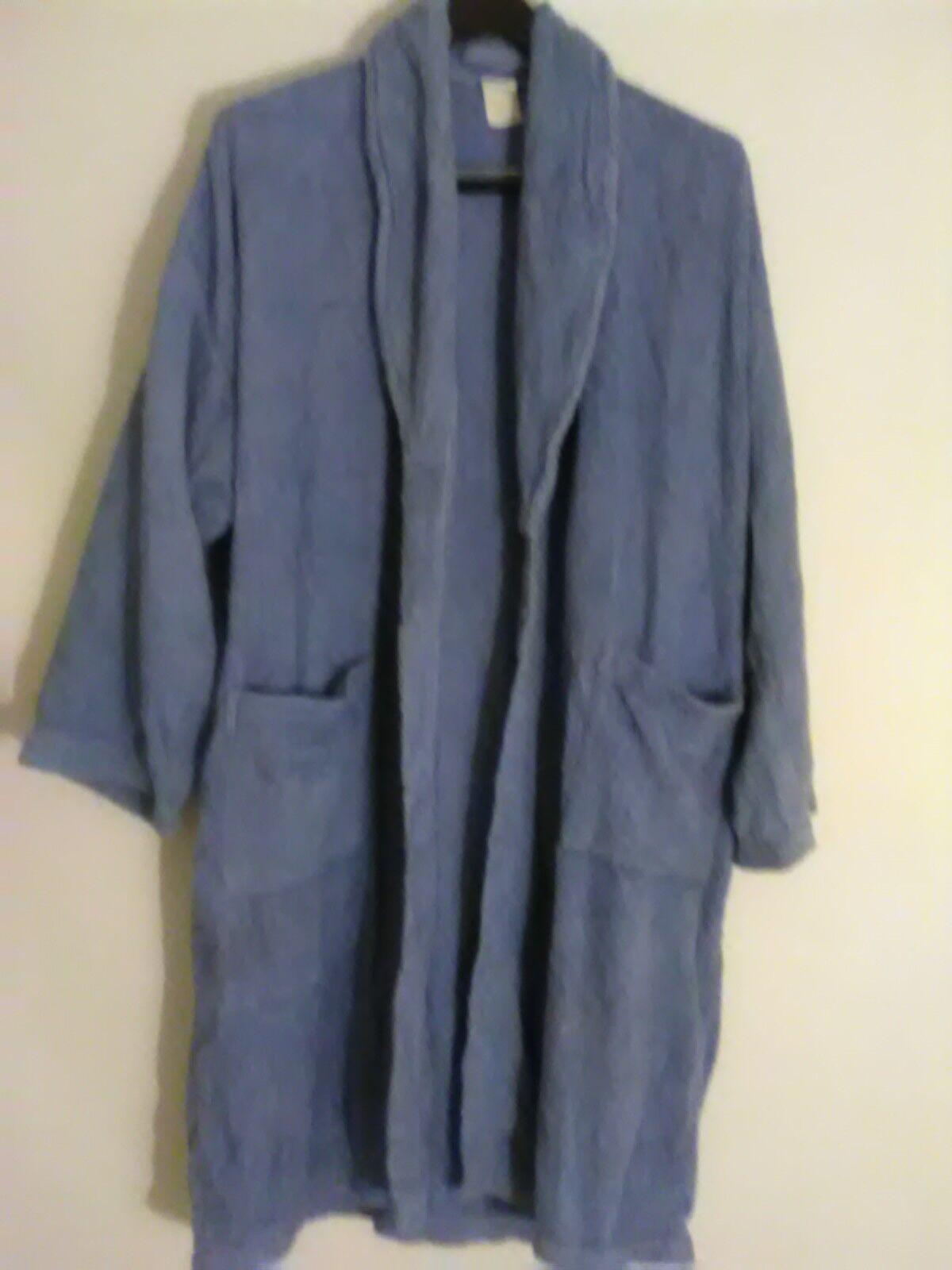 Women's XL Robe Turquoise Fuzzy Full Length Robe NWOT
