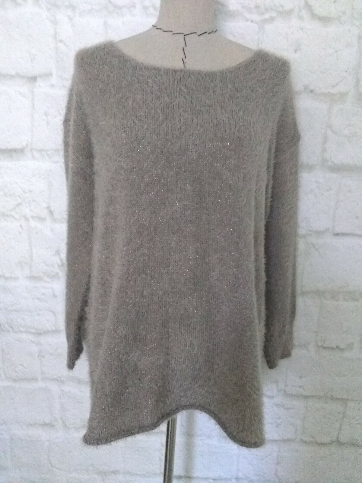 neu Soft Surroundings M sweater taupe Gold metali solid lungo sleeve fuzzy Größe