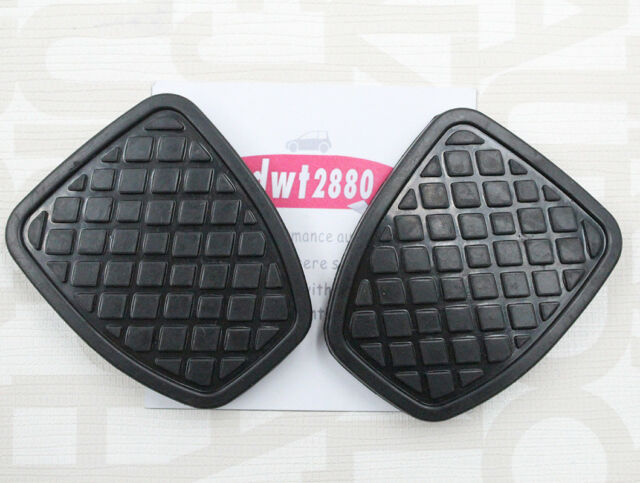 New 2X Brake and Clutch Pedal Pad For Subaru Impreza Forester Liberty 36015GA111